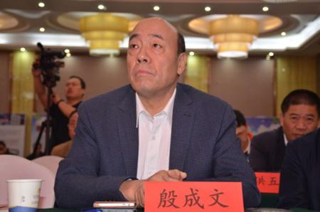 中国种猪营销创新联盟2016(襄阳)养猪高峰论坛火爆开幕