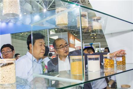 品牌 科技 互联 —— 中粮饲料以引领行业姿态闪耀2017中国饲料工业展览会