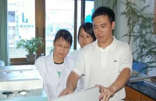 """对饲用抗生素说""""不""""——记浙江大学汪以真教授科研团队"""