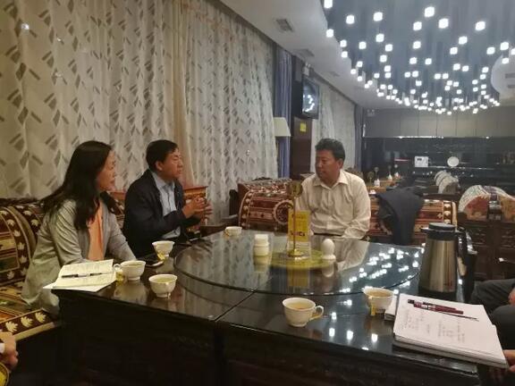 雏鹰农牧集团领导赴西藏林芝洽谈雏鹰藏香猪产业化项目