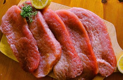 猪肉价格近期猛降1元/斤!节前或将迎来强势上涨!