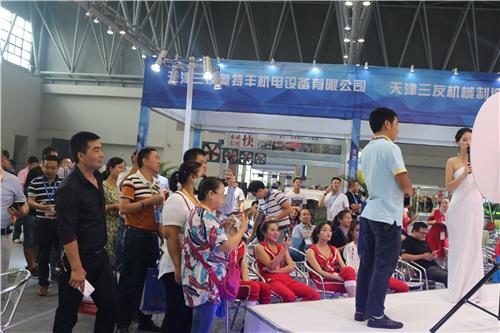"""2017猪业展览会之""""规模猪场科技嘉年华""""在渝精彩呈现引关注"""