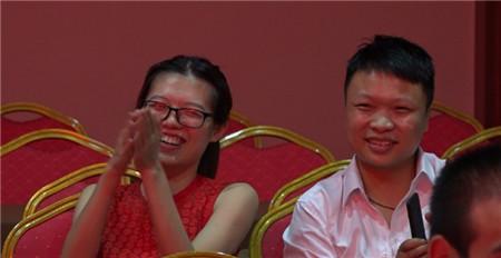 舞蹈《咖喱咖喱》也让我们领略了广西的风土人情。
