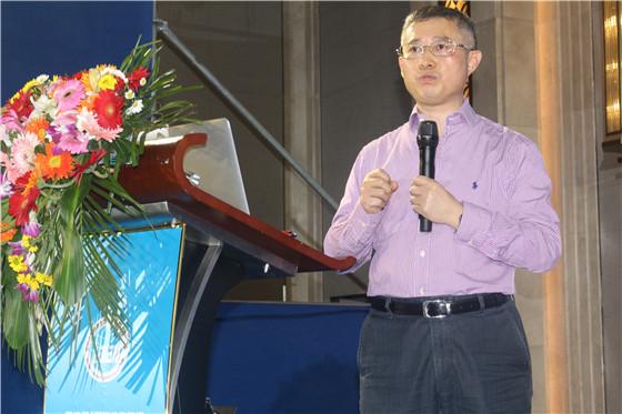 新希望六和股份有限公司成都片联副总裁李芳溢先生