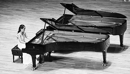 从钢琴家与补鞋匠里看管理?