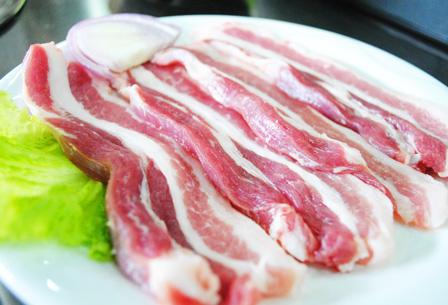 惊恐!全国各省份猪价都在上涨,为何新疆不涨反跌?