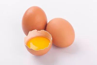 鸡蛋在养猪过程中的妙用