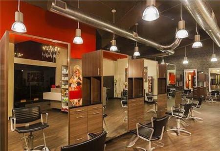 美发店巧用集点营销,快速锁定200多个会员!
