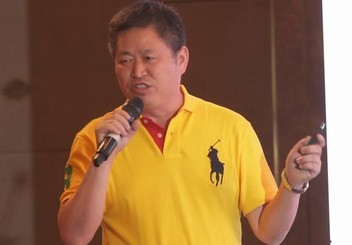 海南罗牛山畜牧有限公司副总经理万长华——《规模化猪场2018谁主沉浮》