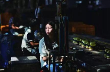 中国用工荒的真相:年轻人不进工厂都去哪里了?